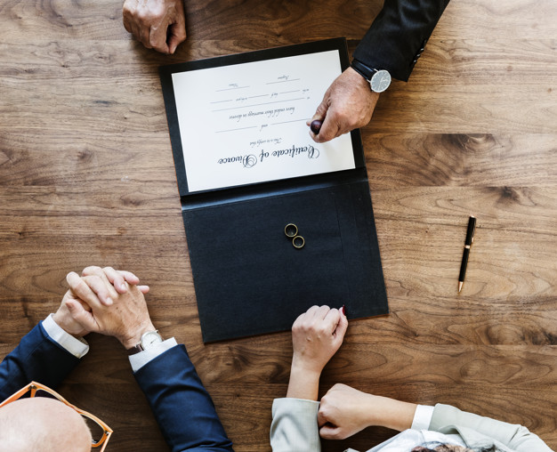 Separazione e divorzio: cosa c'è da sapere? Le principali questioni sviluppate in 10 punti.